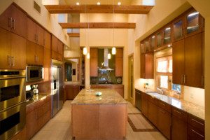 Contemporary edgebanded maple veneer kitchen cabinets