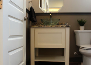 Modern powder room cabinet with painted combination frame cabinet door with MW8 rail profile and FP1/4 panel