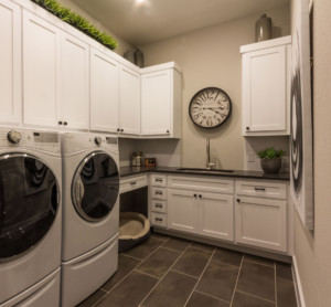 Laundry room with shaker style doors with OE5, IE2 and flat panel painted white
